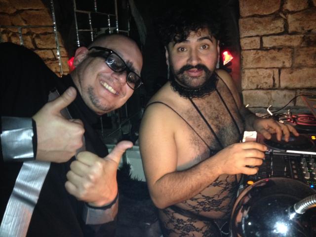 Wolf und Aetschy in der Stereobar - Party hard in tiefen Kellern!