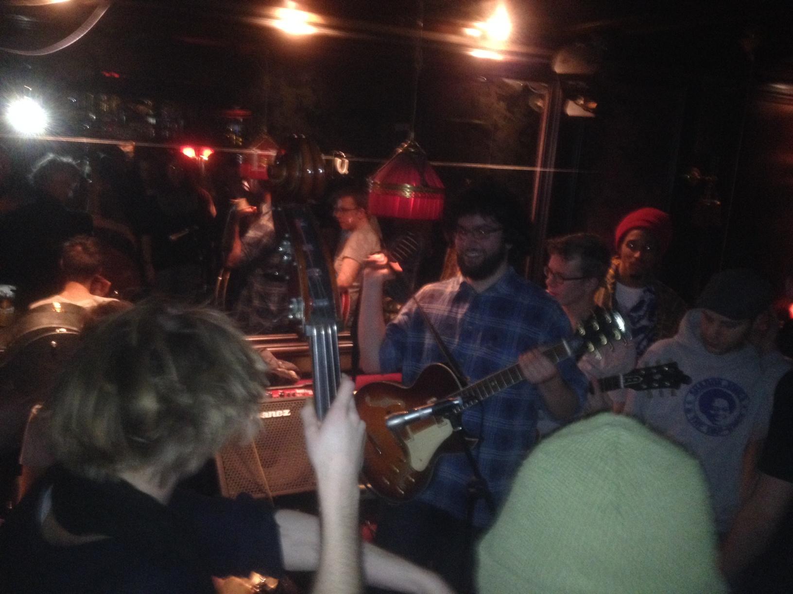 Grandioser Spaß in der Passagen - Bar: Musikschule 4Klang zu Gast bei Freunden!