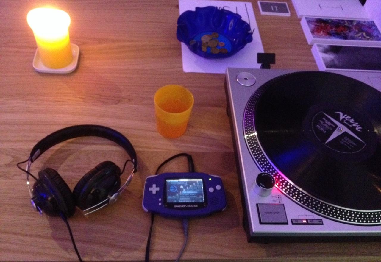 Wenn schon mit MP3, dann kreativ - Patrick Neuntausend am Samstag abend in der Galerie wk16